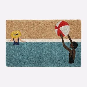 WEST ELM Beach Ball Doormat